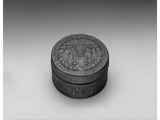 Шкатулка с тиснением. Италия 15 век