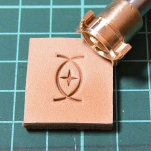 Штамп для тиснения по коже VOKASI арт А26