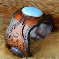 Фентези стиль браслет ручной работы Аметистовая волчица