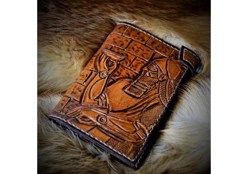 Word Art style Ассирия. Портмоне кожаный ручной работы с вставкой под автодокументы
